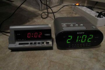 2 alarm clock sleep hack