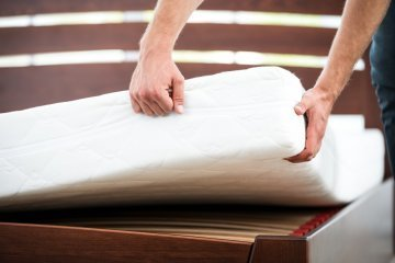 Flipping mattress - rotating a mattress