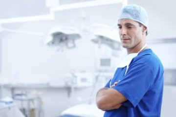 Trainee doctors face hikes in working hours